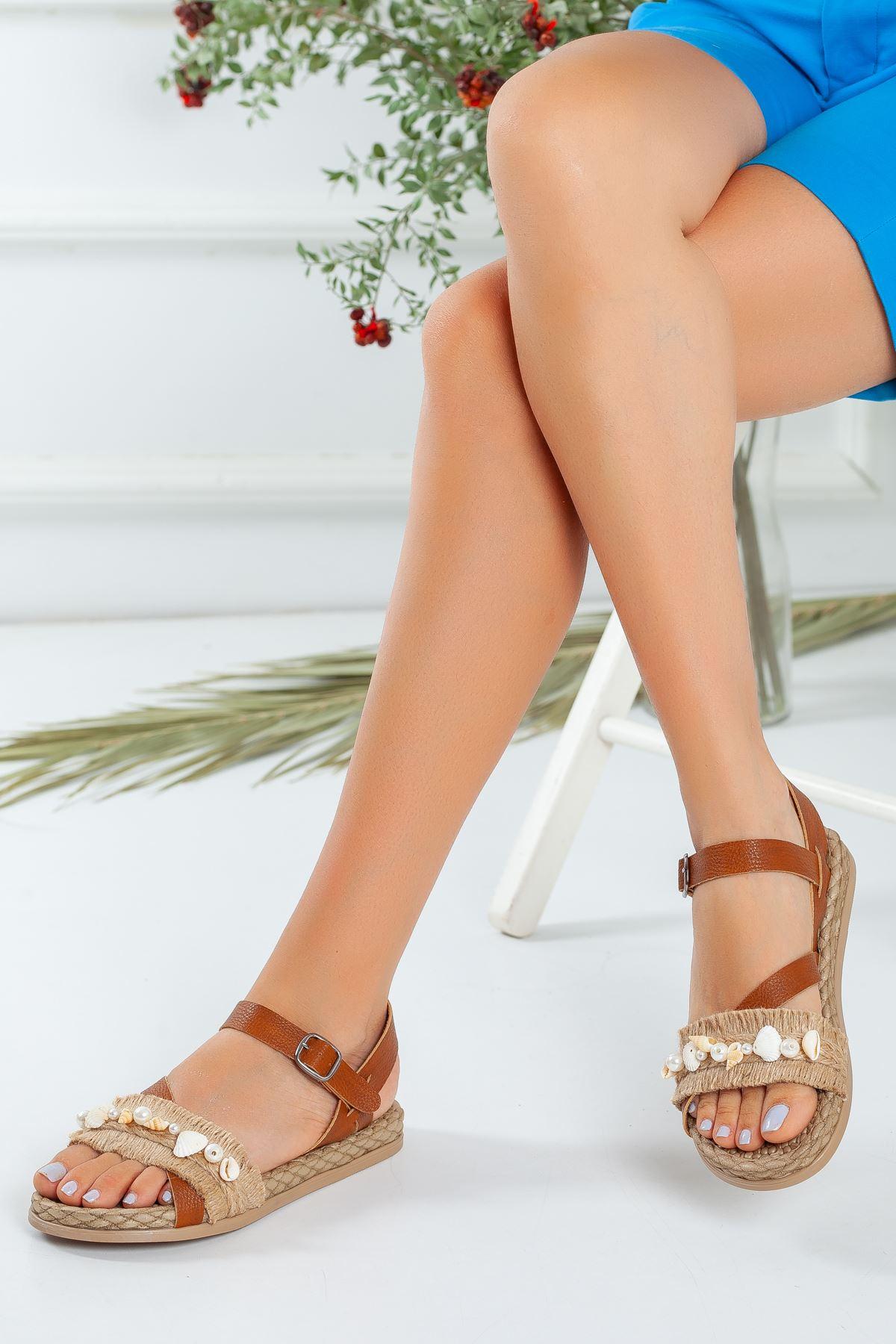 Deniz Kabuğu İşlemeli Taba Sandalet