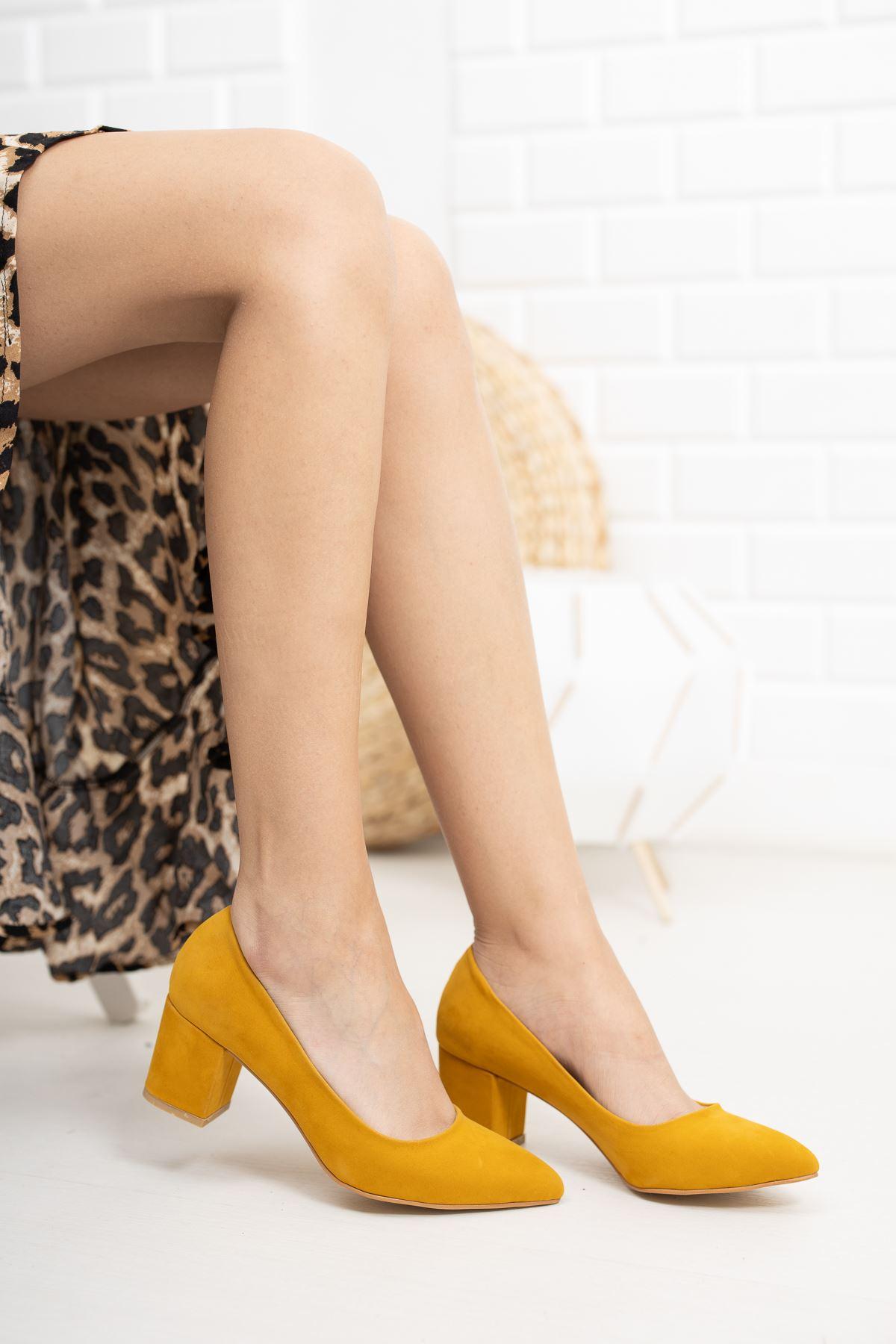 Hardal Süet Klasik Topuklu Ayakkabı