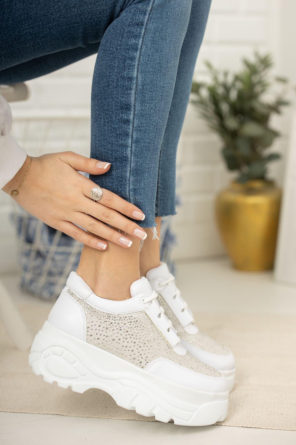 Beyaz Taşlı Yüksek Taban Kadın Günlük Spor Ayakkabı