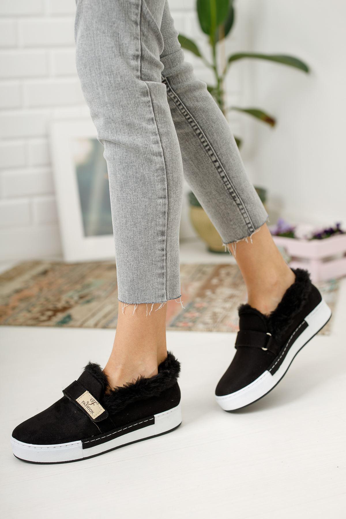 Siyah Süet Beyaz Taban Tüy Detaylı Günlük Ayakkabı