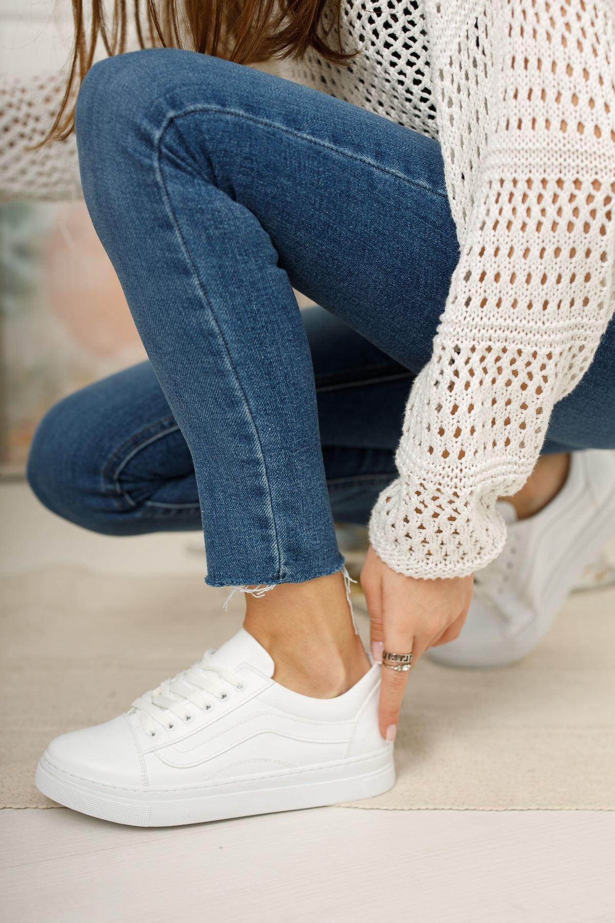 Beyaz Günlük Spor Ayakkabı