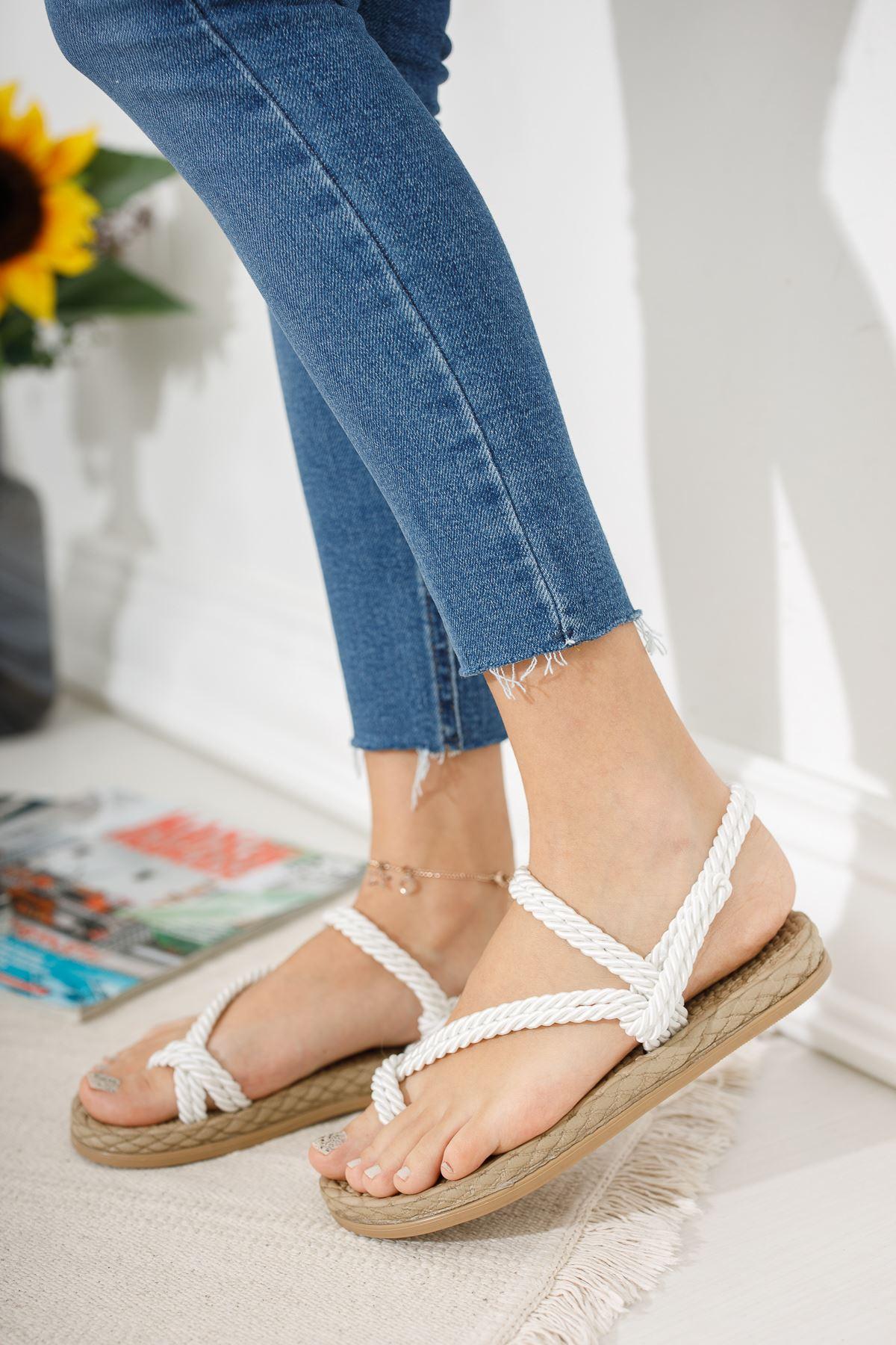 Beyaz Parmak Arası Halat Sandalet