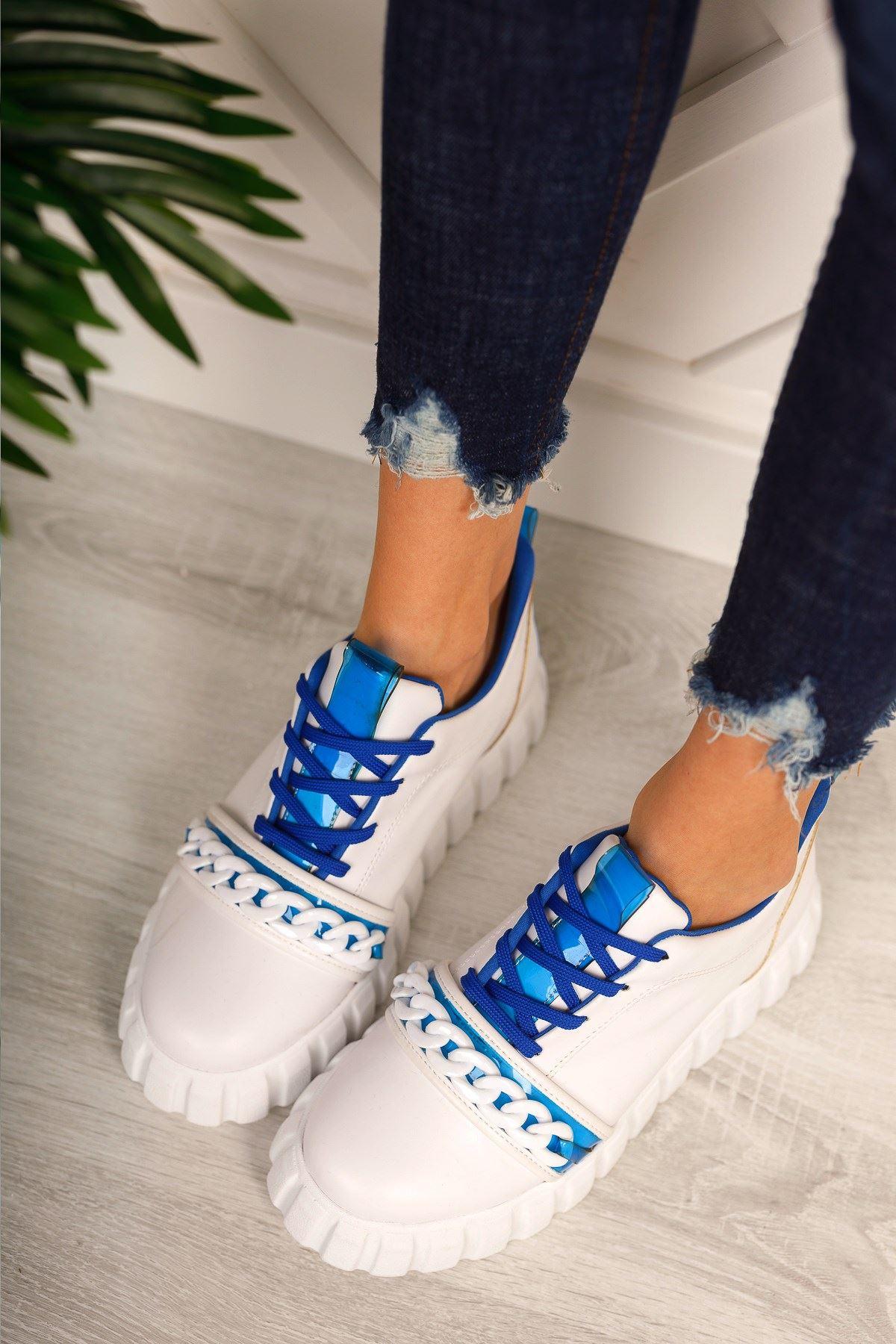 Mavi Zincir Detaylı Spor Ayakkabı