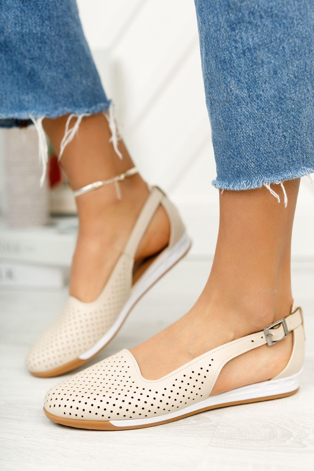 Düz Bej Delikli Günlük Ayakkabı