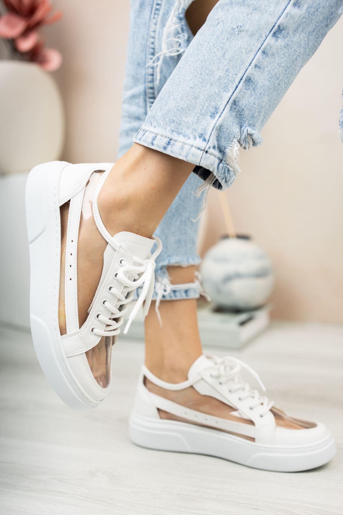 Beyaz Şeffaf Bağcıklı Spor Ayakkabı