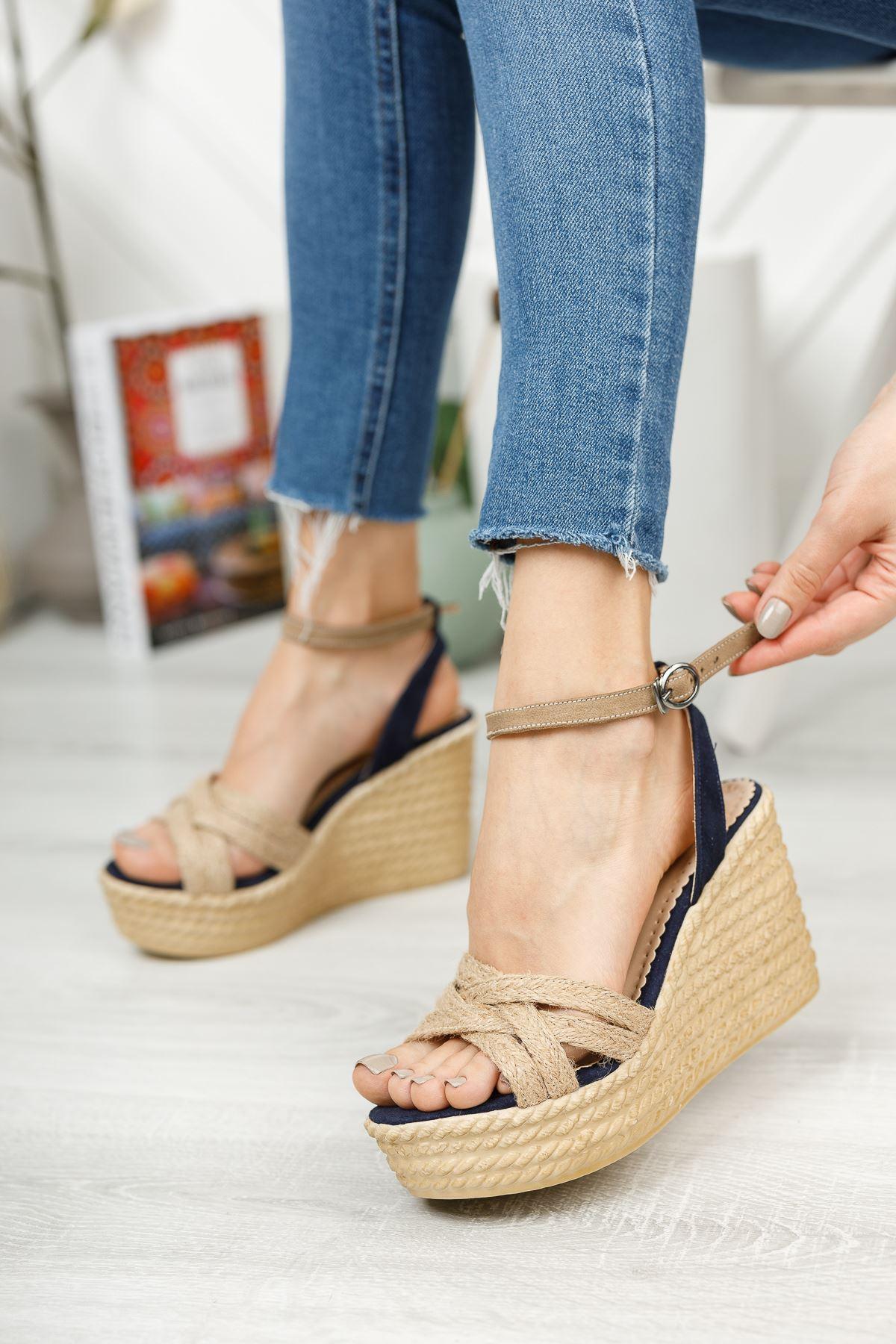 Lacivert Süet Hasır Yüksek Dolgu Topuklu Ayakkabı