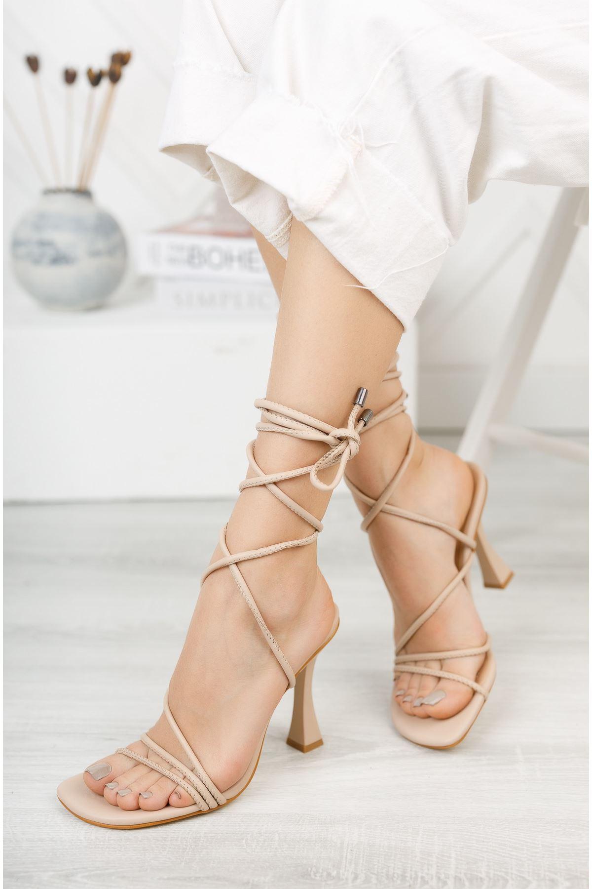 Nude Bilekten Bağlama Detaylı Yüksek Topuklu Ayakkabı