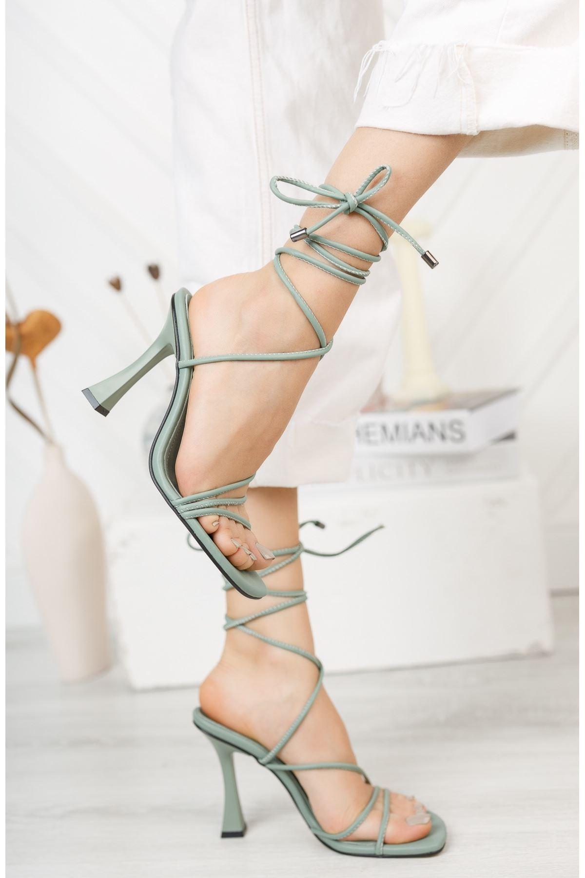Mint Yeşili Bilekten Bağlama Detaylı Yüksek Topuklu Ayakkabı