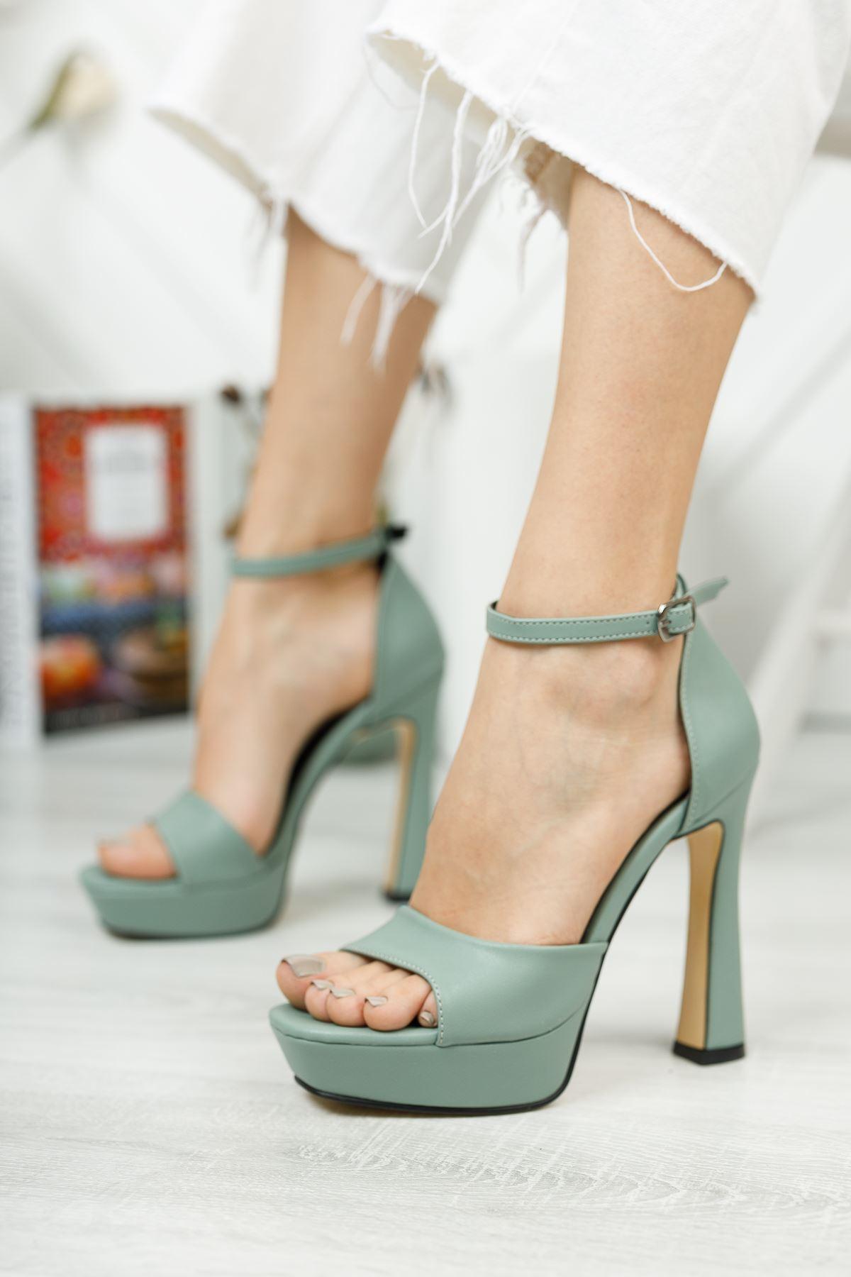 Düz Mint Yeşili Tek Bant Yüksek Platform Topuklu Ayakkabı