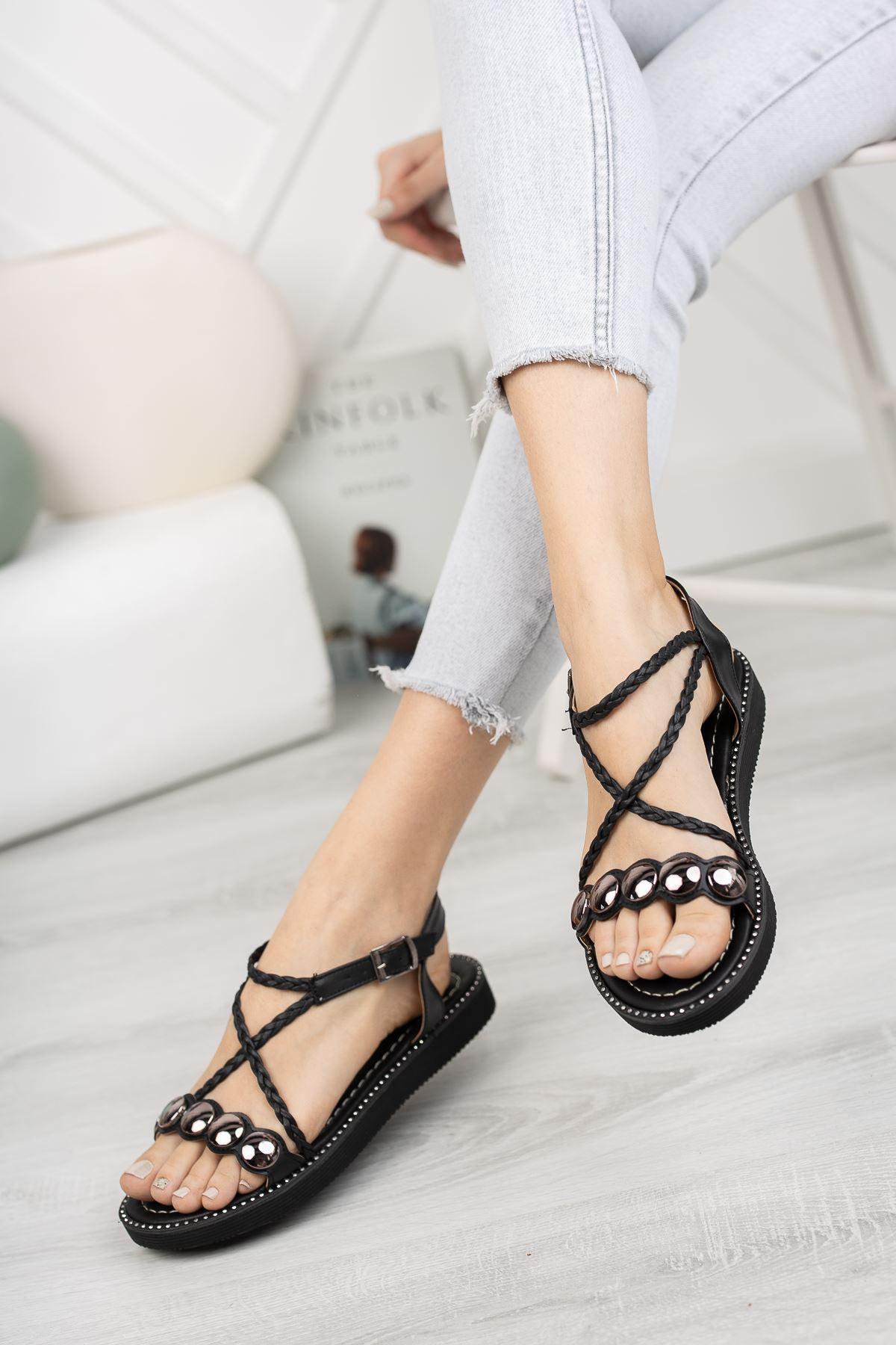 Siyah Düz Taban Sandalet