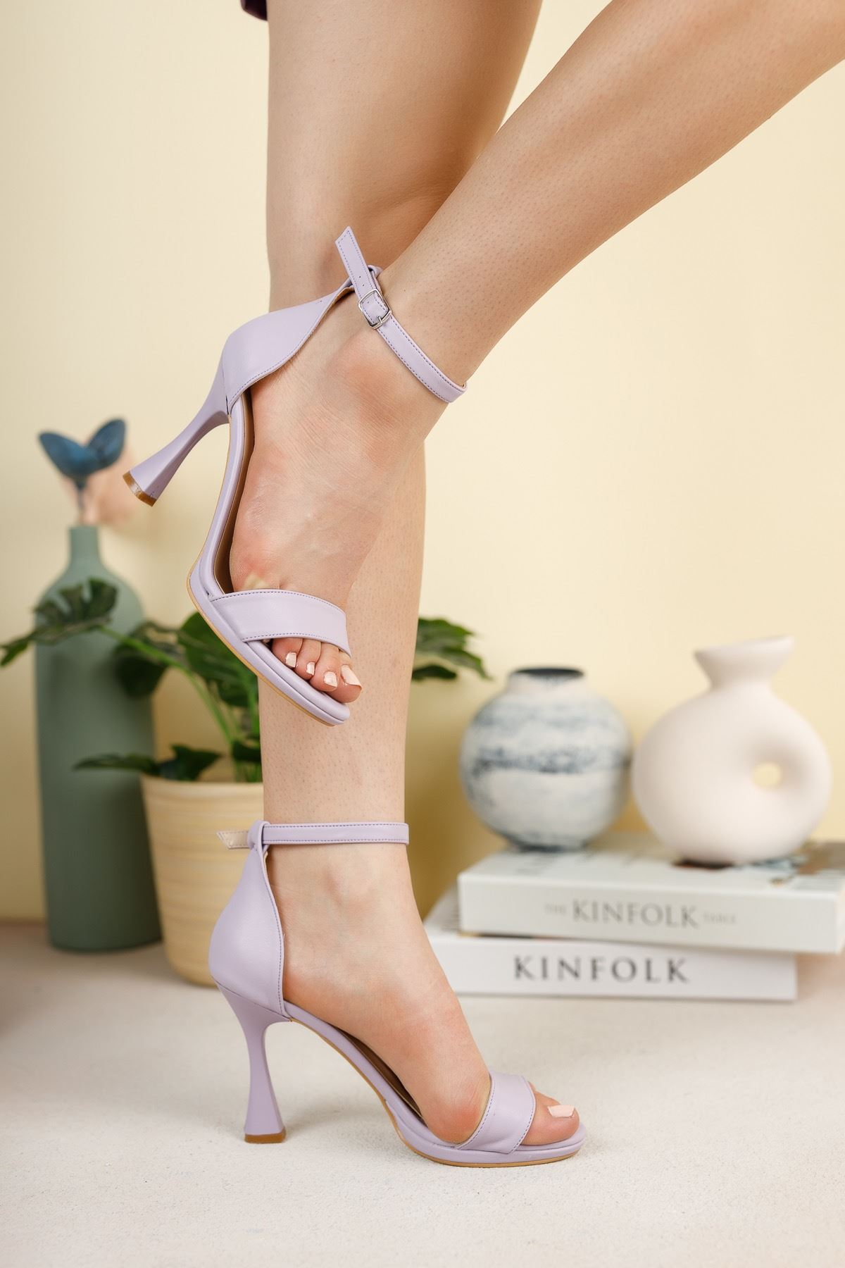 Lila Cilt İnce Topuklu Ayakkabı