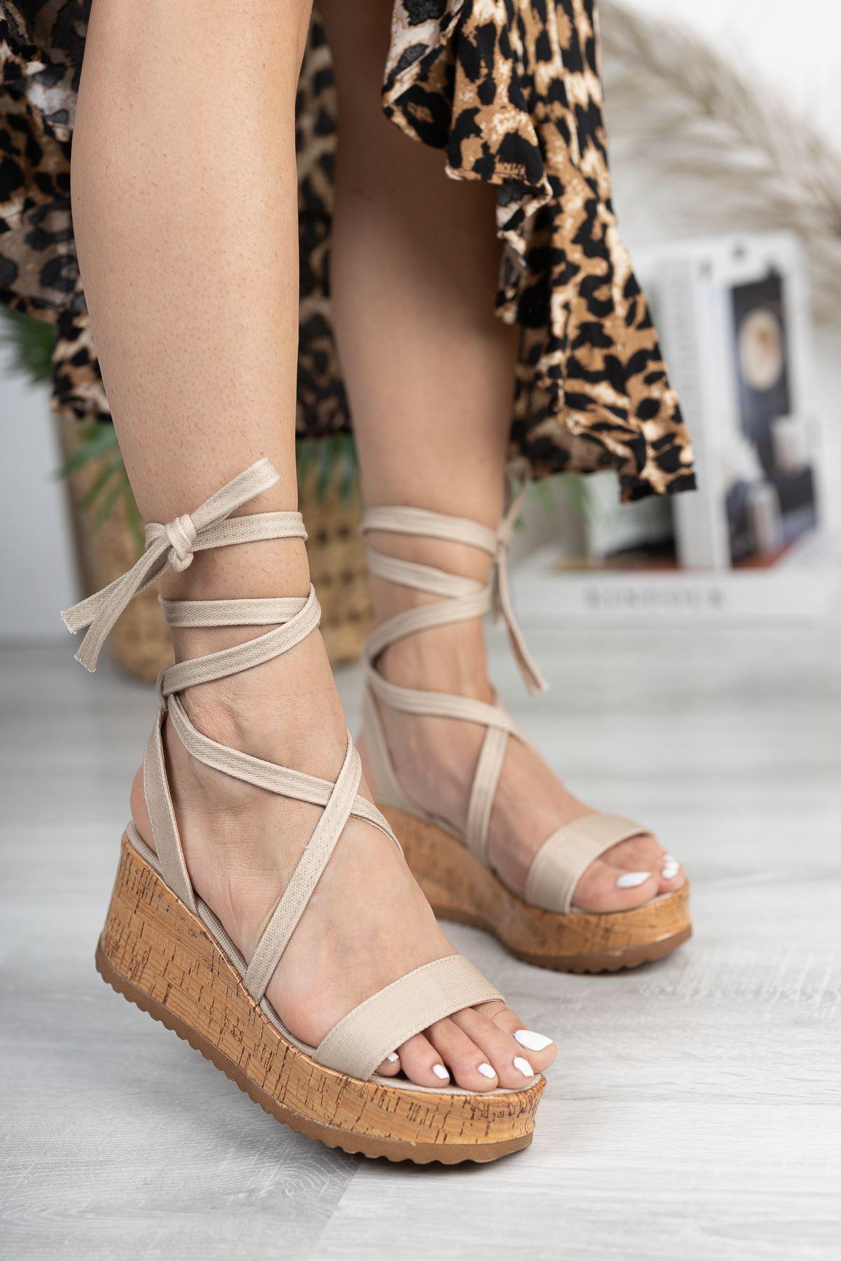 Bej Keten Bilekten Bağlamalı Dolgu Topuk Sandalet