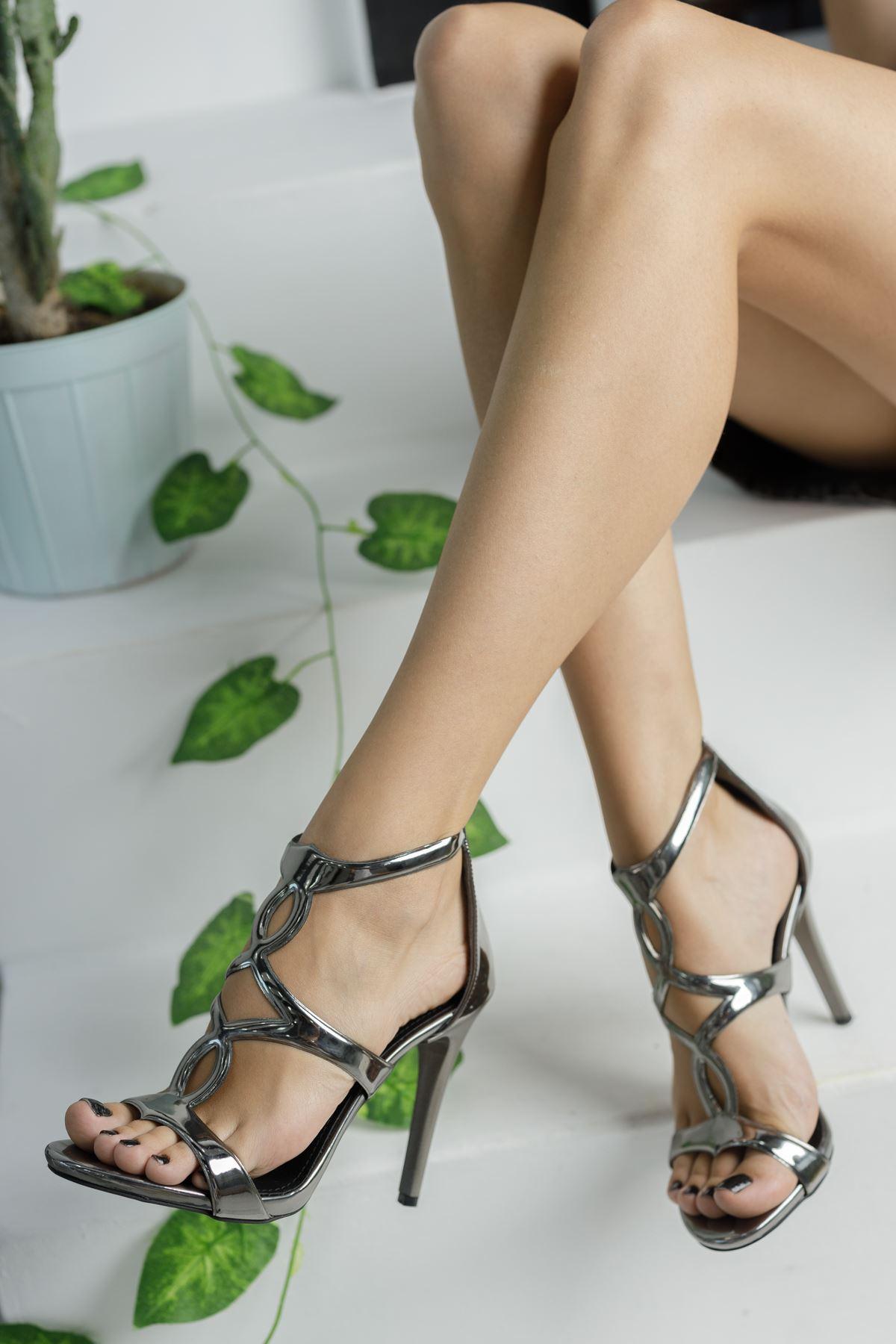 Platin Ayna Abiye İnce Topuklu Ayakkabı