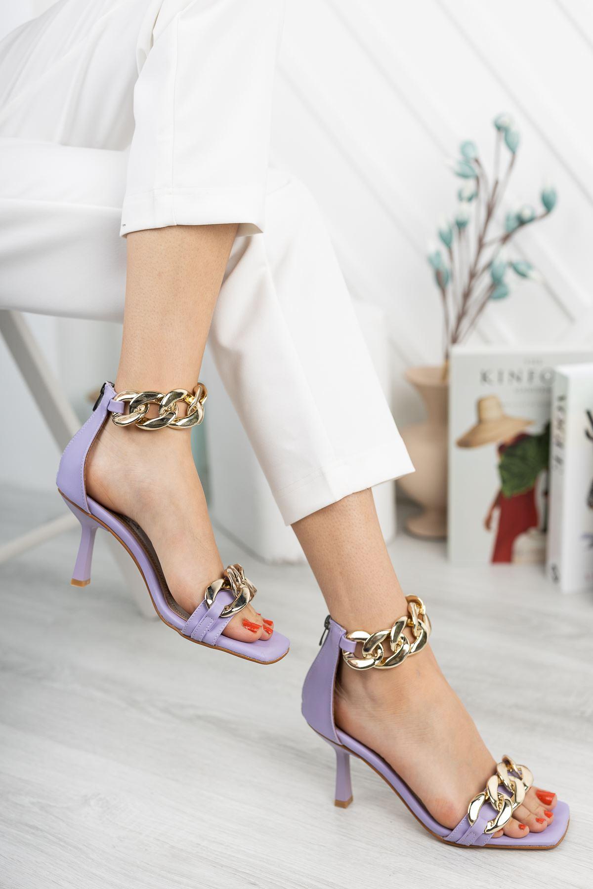 Lila Zincir Detaylı İnce Topuklu Ayakkabı