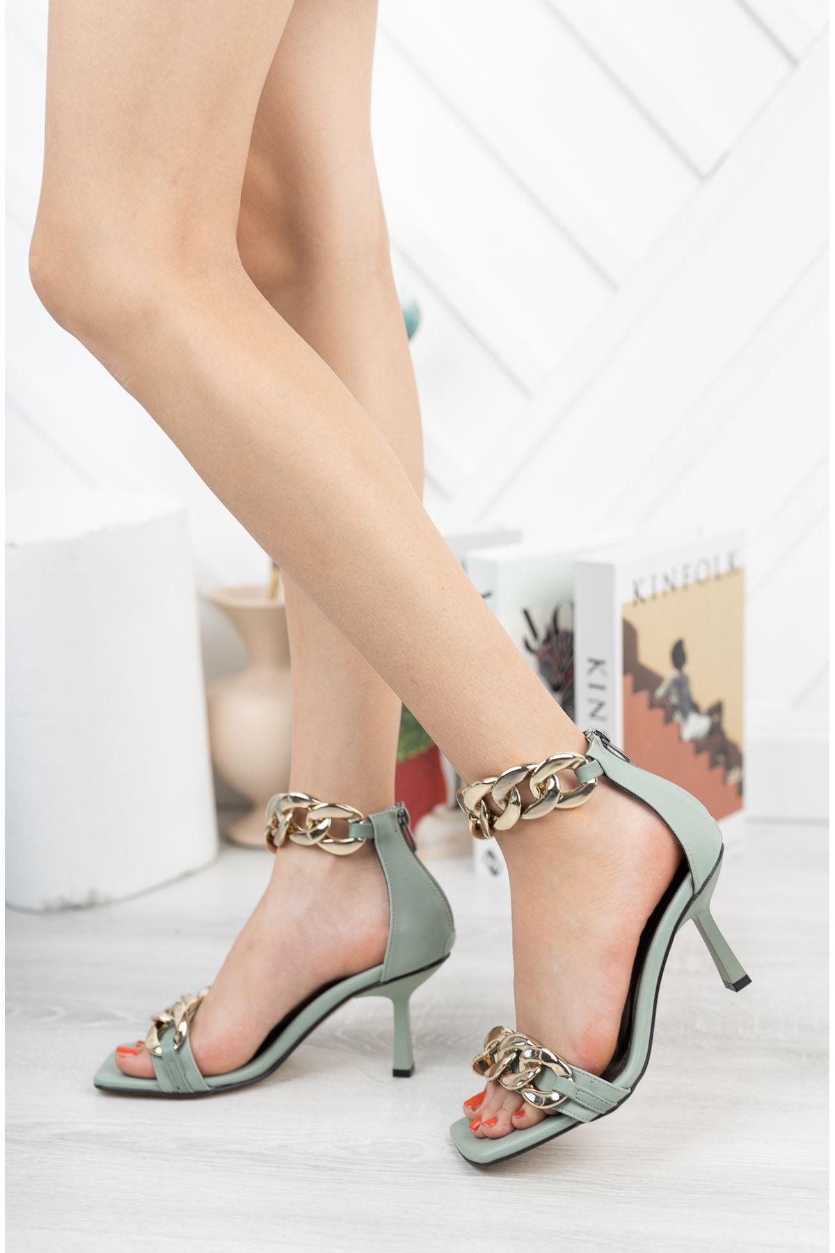 Mint Yeşili Zincir Detaylı İnce Topuklu Ayakkabı