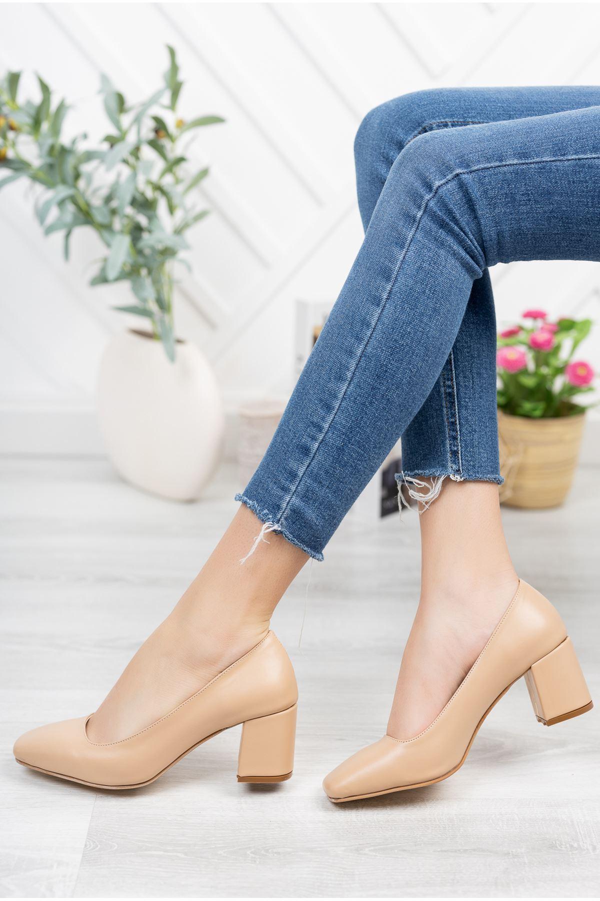 Nude Cilt Kare Kalıp 6 cm Topuklu Ayakkabı